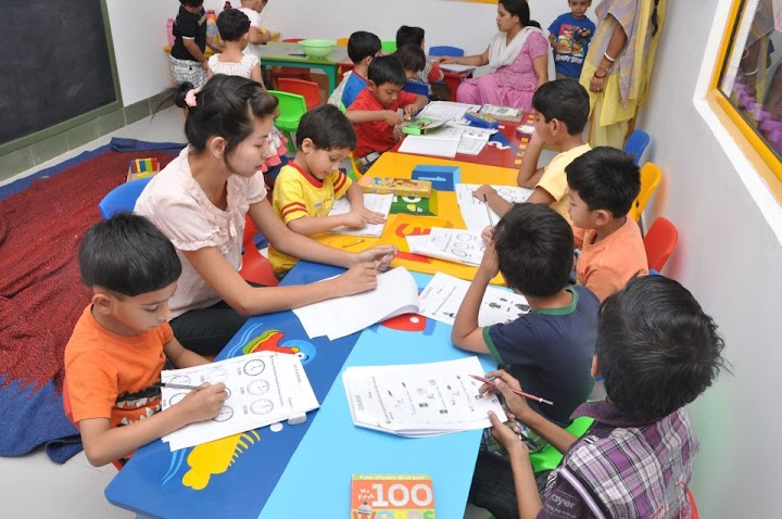 Explorers Playschool and Day Care Dehradun